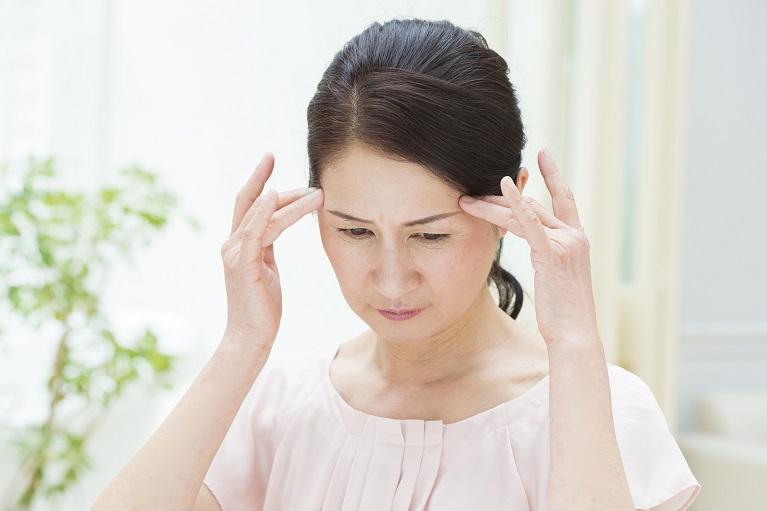 その頭痛やあごの痛みは、親知らずが原因かもしれません