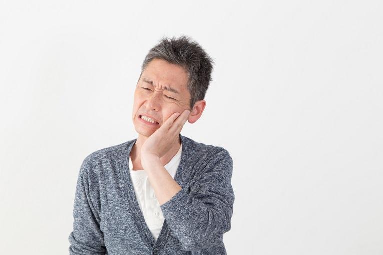 大阪で痛みの少ない親知らずの抜歯なら鴫野駅前むらかみ歯科クリニック